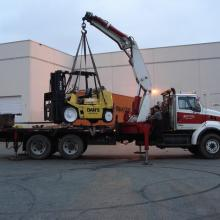 Lifting eyes on 15,000 lb Hyster S155XL